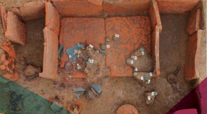 Découvertes monétaires en contextes funéraires. Nouvelles approches en archéologie des rites en Gaule du Nord